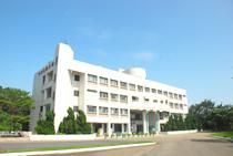 8.綜合大樓